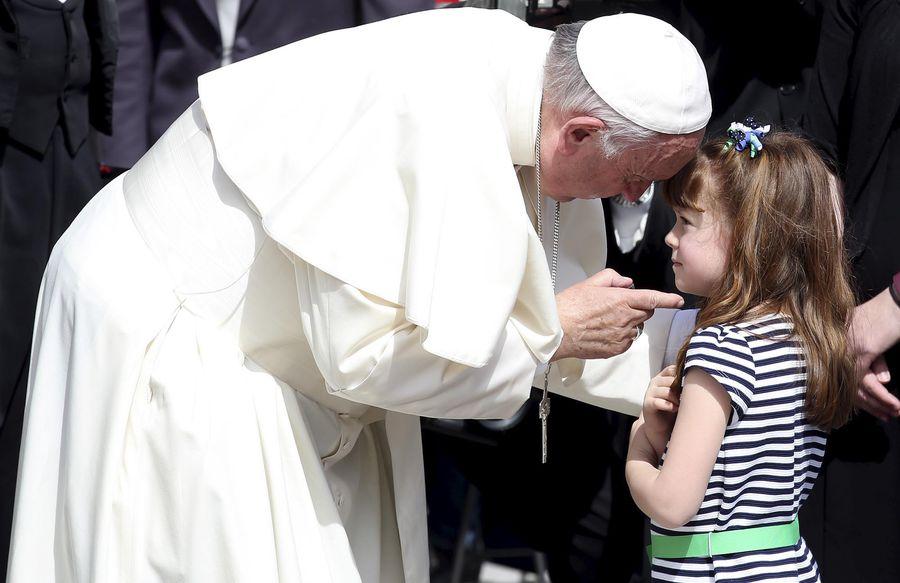 Elizabeth Myers a pu rencontrer le pape olga